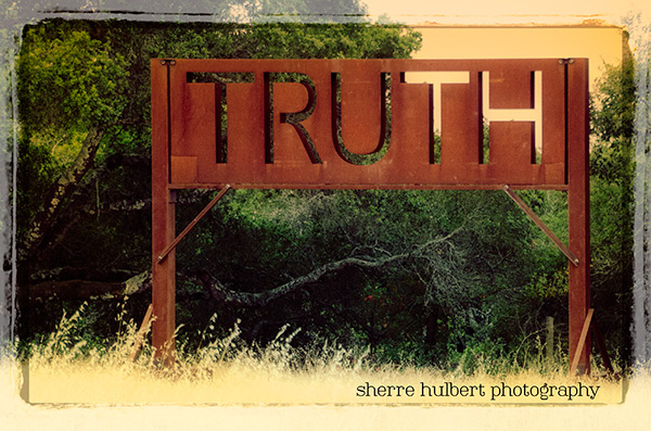Truth Sculpture