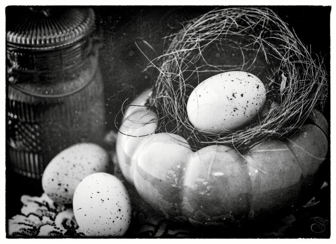 Eggs Nest Vase copy